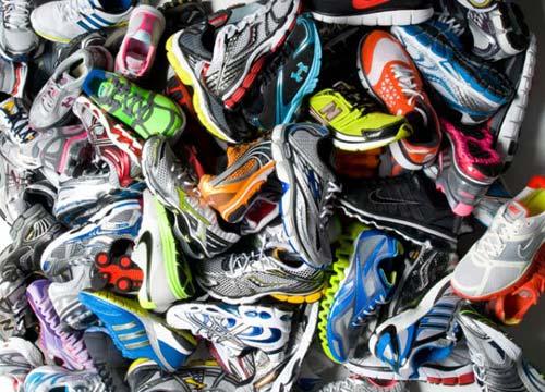 RunningNews.gr - Βρες το σωστό νούμερο παπουτσιού για το πόδι σου ... 4279cd26a26